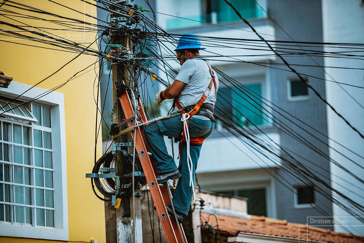 Serviços de telecomunicações e internet são mantidos como es
